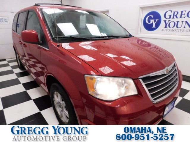 Pre-Owned 2008 Chrysler Town & Country Touring