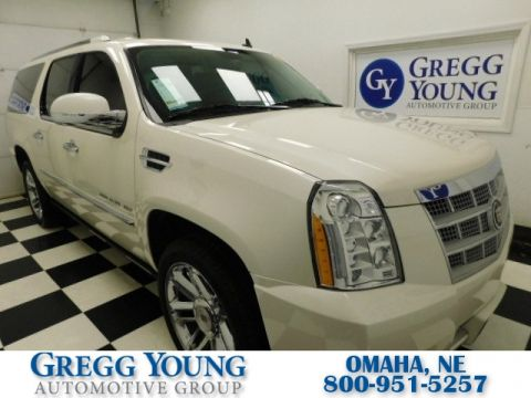 Pre-Owned 2013 Cadillac Escalade ESV Platinum Edition